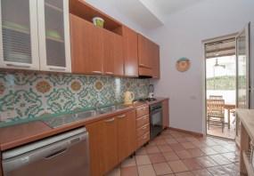 PropertySixteen0018