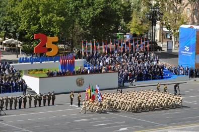 parade-24