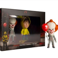 Exclusive Hot Topic IT Pennywise & Georgie Horror Titans Vinyl Figure Set For Halloween 2019!