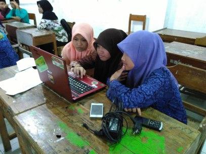 Pelatihan Internet di MA Nurul Athfal Pesantren (12)