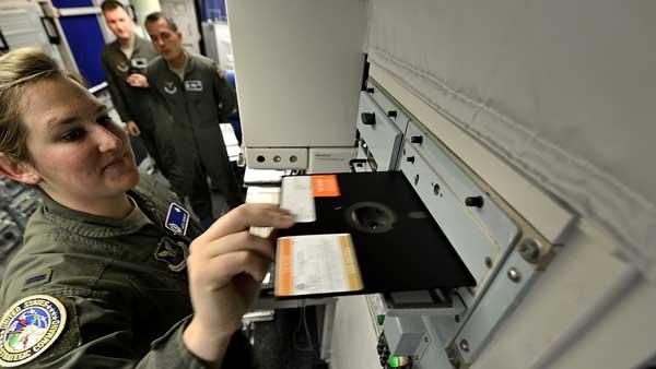 Penggunaan Disket di Kapal Selam Nuklir AS