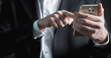 Kebangkitan Aplikasi Ponsel, Turunnya Penggunaan Panggilan Telepon