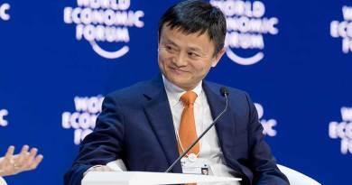 Alibaba Co-Founder Jack Ma Pensiun