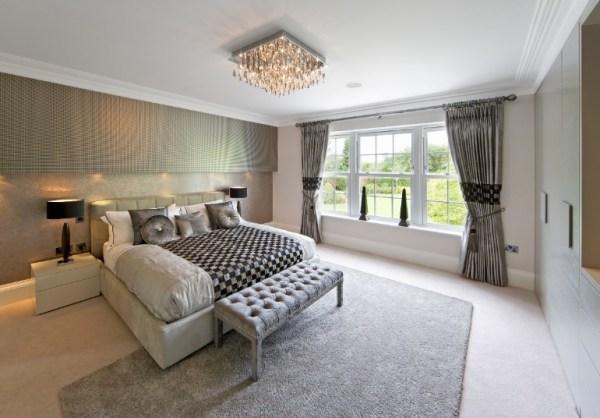 master bedroom chandelier Master Bedrooms with Breathtaking Chandeliers – Master