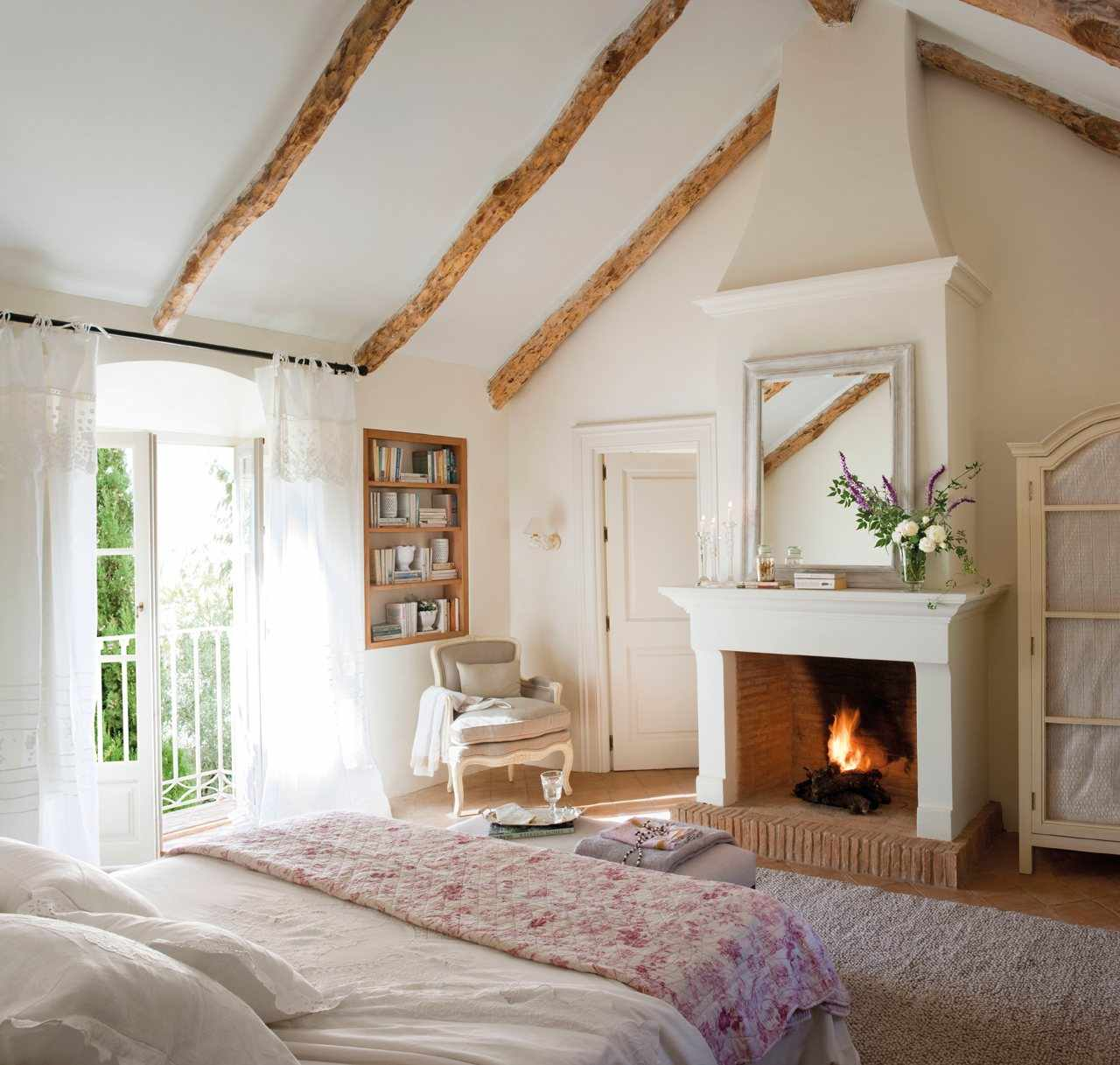 Cozy Bedroom Decor In Farmhouse Style Master Bedroom Ideas
