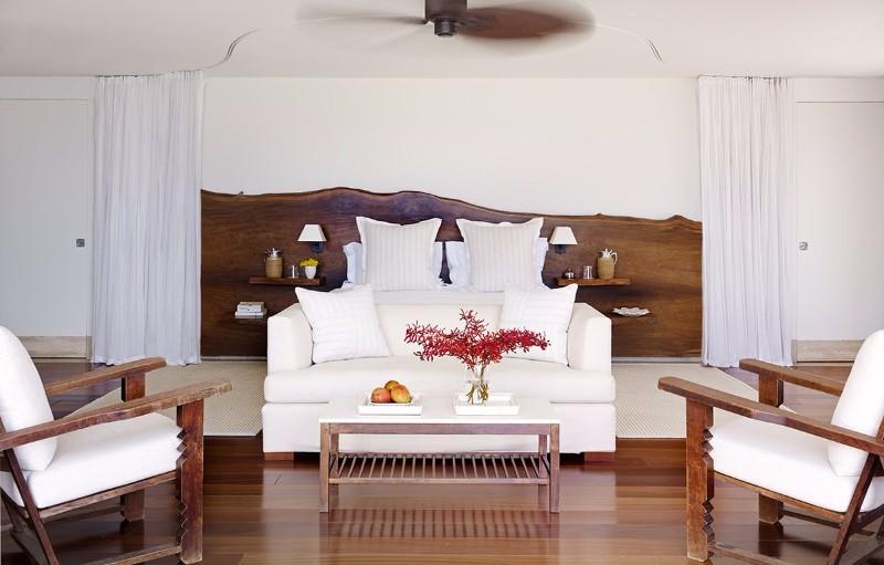 14 Charming Bedrooms With Wood Floor Design