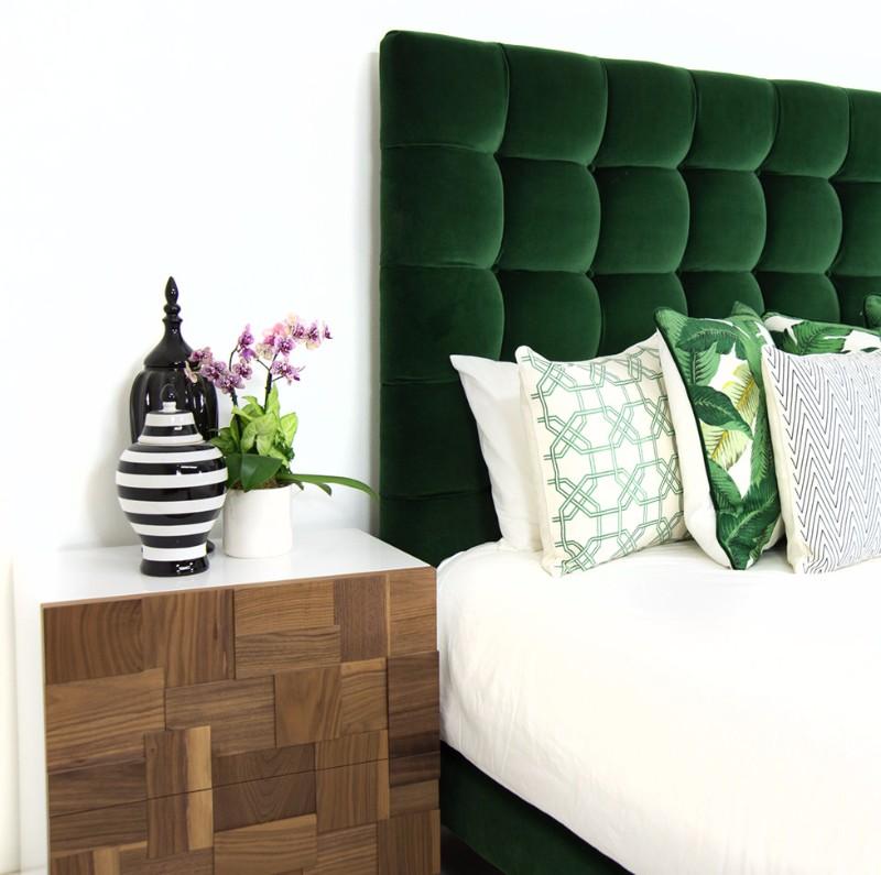 10 Stunnning Emerald Green Bedroom Designs Master