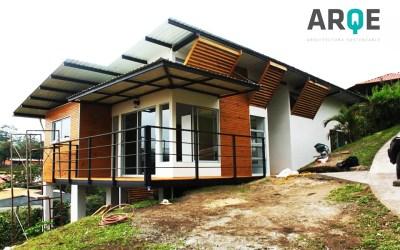 Proyecto Casa de Habitación amigable con el Ambiente / MasterBlock