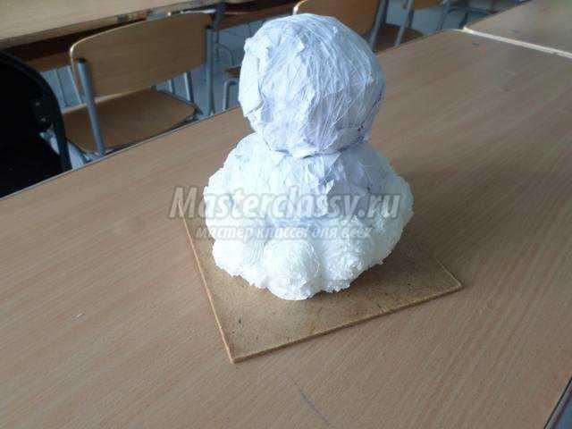 Snowmen একটি দীর্ঘ সময়ের জন্য পরিচিত হয়, যদিও তাদের প্রথম প্রমাণ XIV-XV শতাব্দীর সাথে সম্পর্কিত।