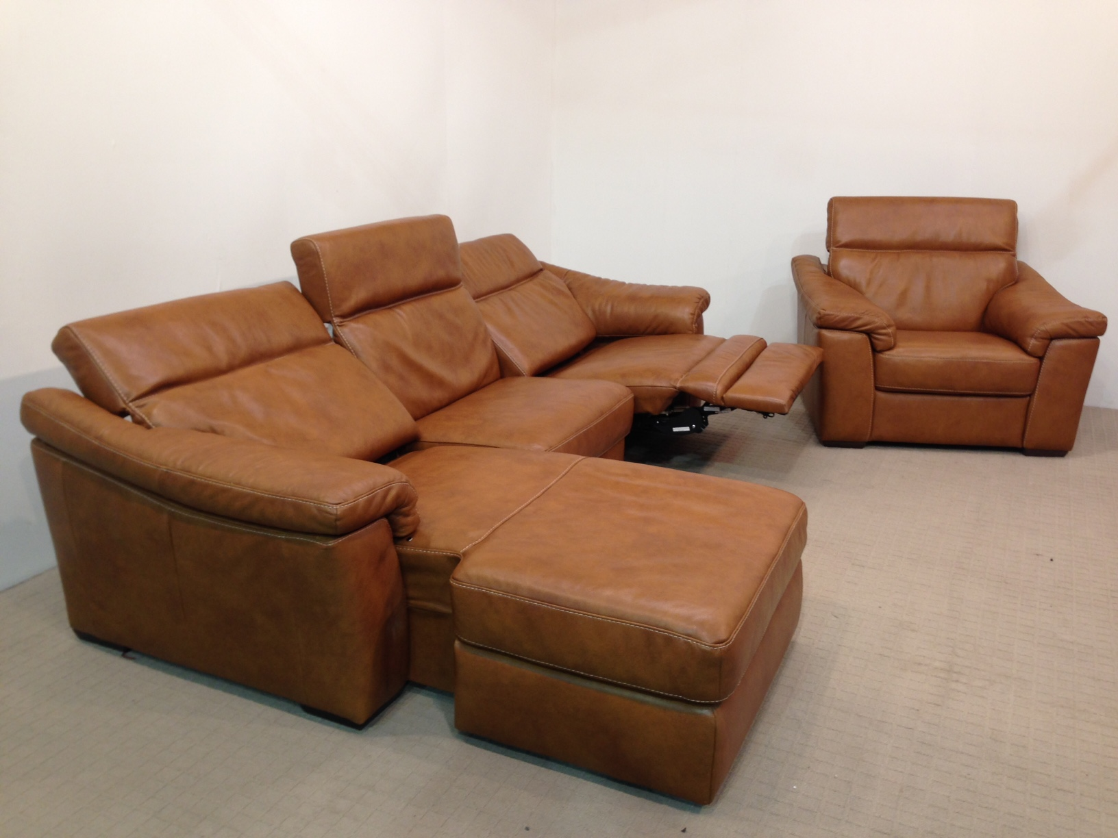 natuzzi electric recliner sofa seat cushions editions sensor b760 chaise and static