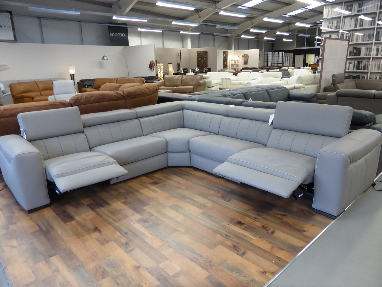 grey leather sectional sofa with recliners get rid of old bristol natuzzi editions club b790 power reclining