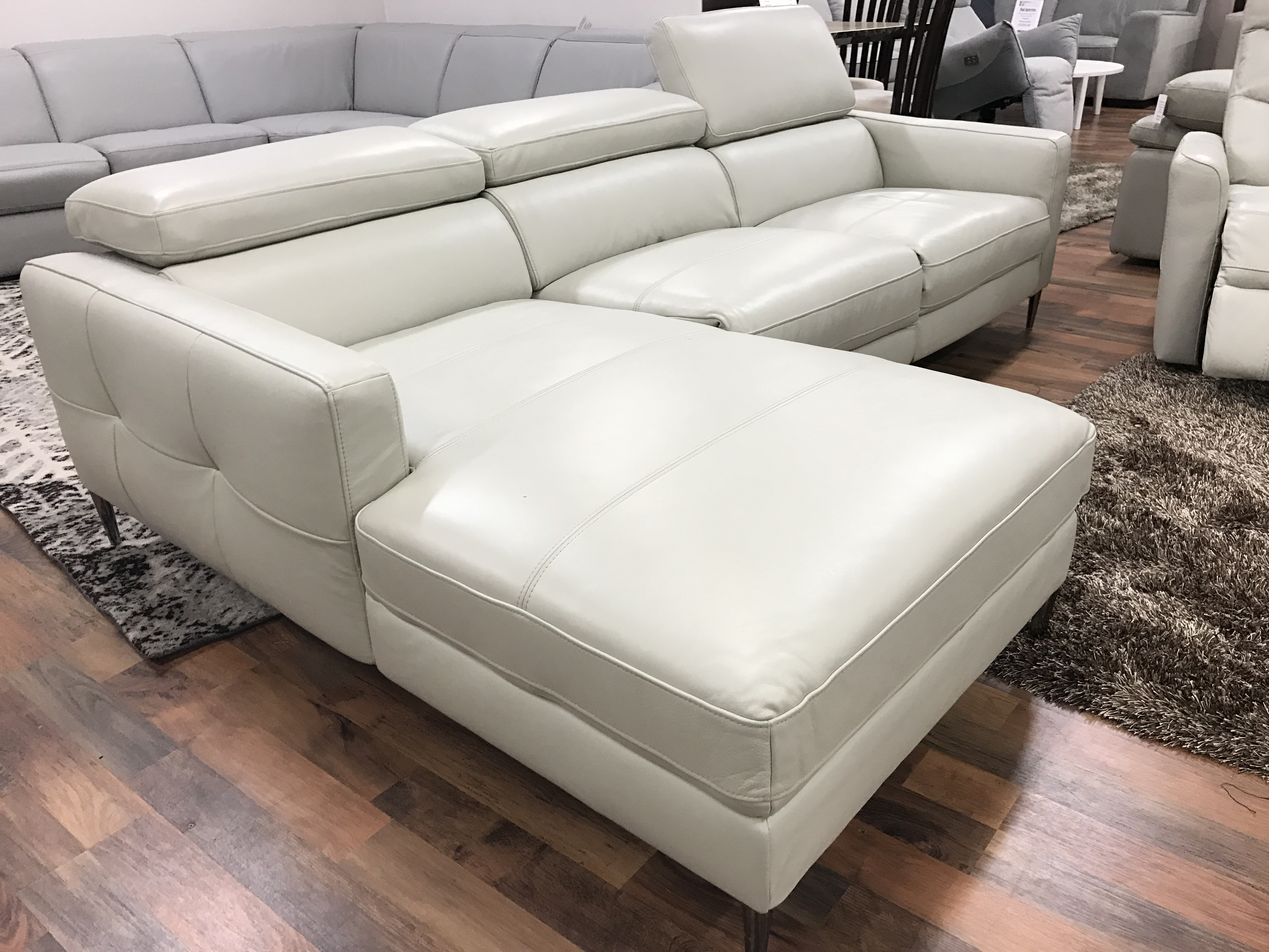 good quality sofa brands australia best color to paint a living room with brown mizzoni italia cyber high power reclining leather