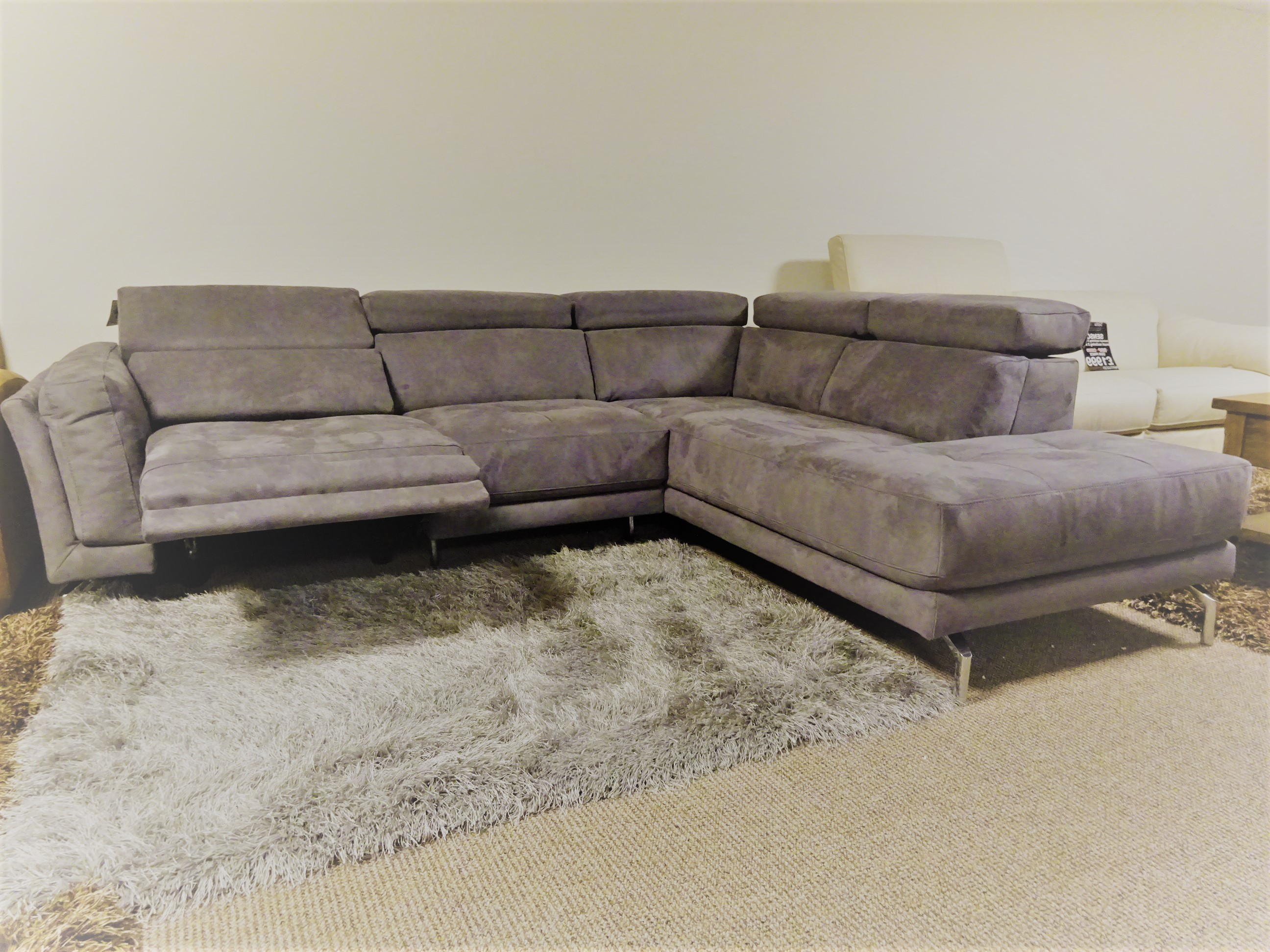 electric recliner leather sofas uk living rooms with dark grey natuzzi editions fabric reclining r h sofa