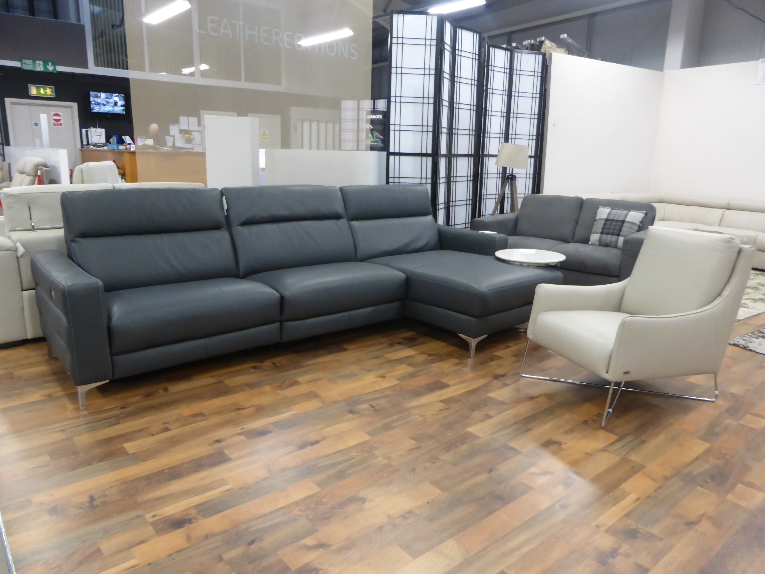 sofa beds denver co you love chairs natuzzi editions pelle high grade leather power recliner ...