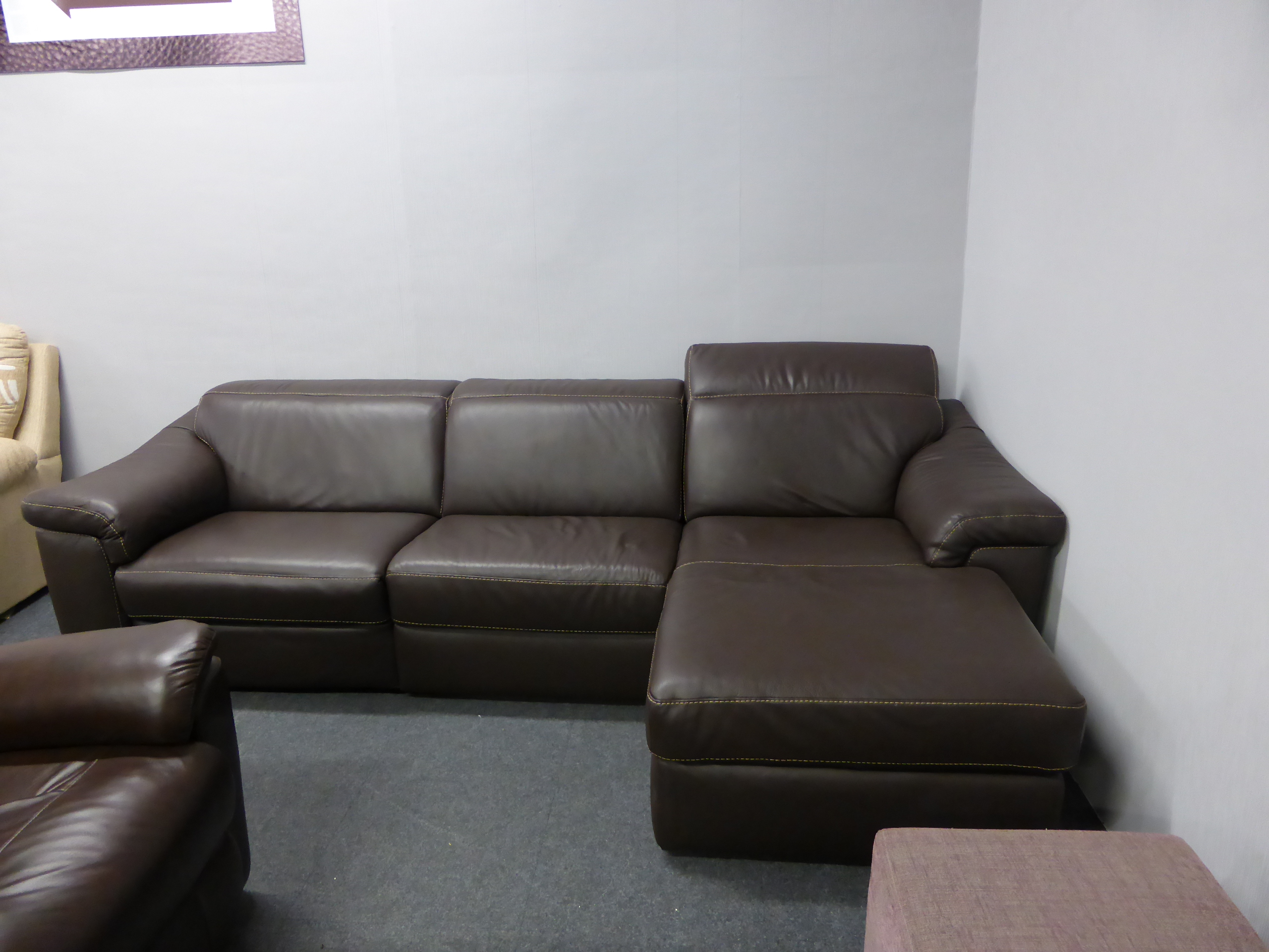 natuzzi electric recliner sofa small double leather bed edition sylvia b760 reclining chaise