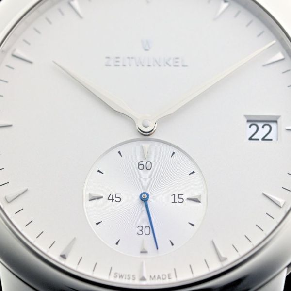 Zeitwinkel 181° Automatic watch with Small Seconds and Date