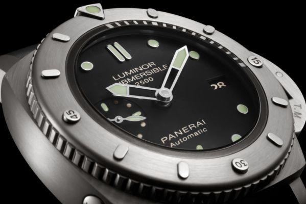 Panerai Luminor Submersible 1950 2500m 3 Days Automatic Titanio 47mm, Reference: PAM00364