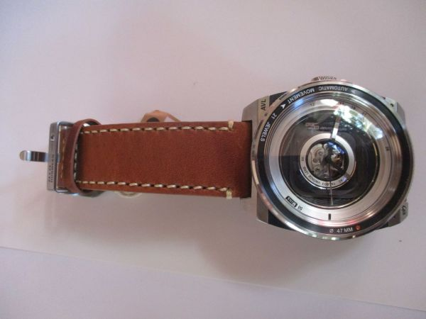 Hands on Review TACS AVL2 (Automatic Vintage Lens 2) Watch