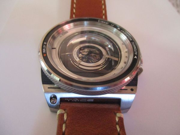 Hands on Review TACS Automatic Vintage Lens Watch