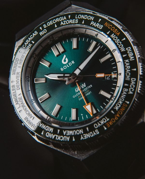 BOLDR Globetrotter GMT Automatic wristwatch