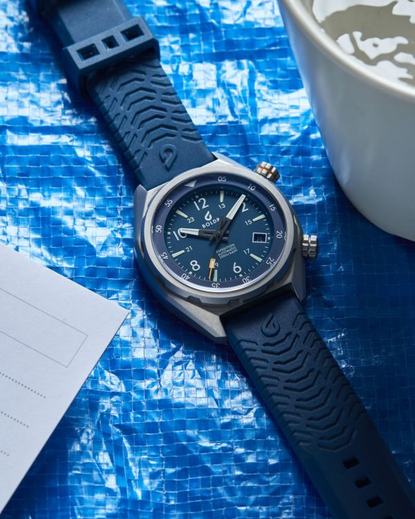 BOLDR Expedition 2019 watch