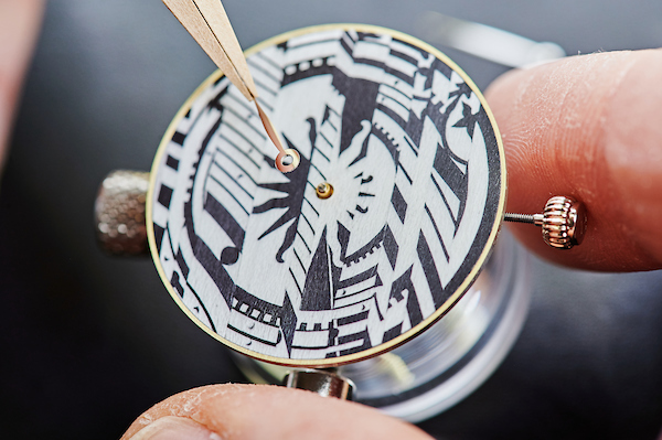 Making of dial -  Hermès Arceau Astrologie Nouvelle Limited Edition watch with Wood marquetry dial