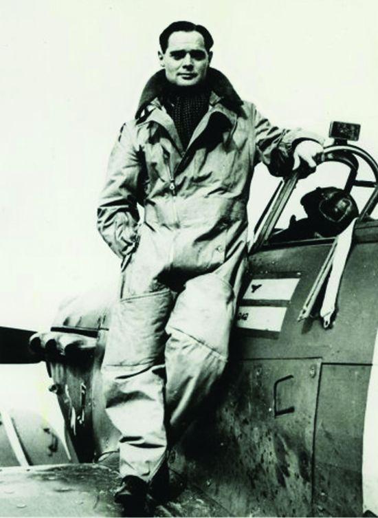 Sir Douglas Bader (1910 – 1982)
