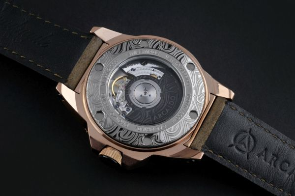 ARCAIDO WATCHES Primo GMT caseback view