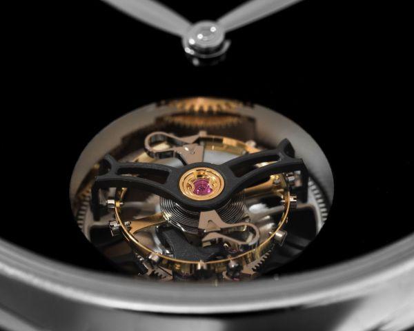 H. Moser & Cie. Endeavour Tourbillon Concept Vantablack® - Reference 1804-0212, white gold model, Vantablack® dial, black alligator leather strap