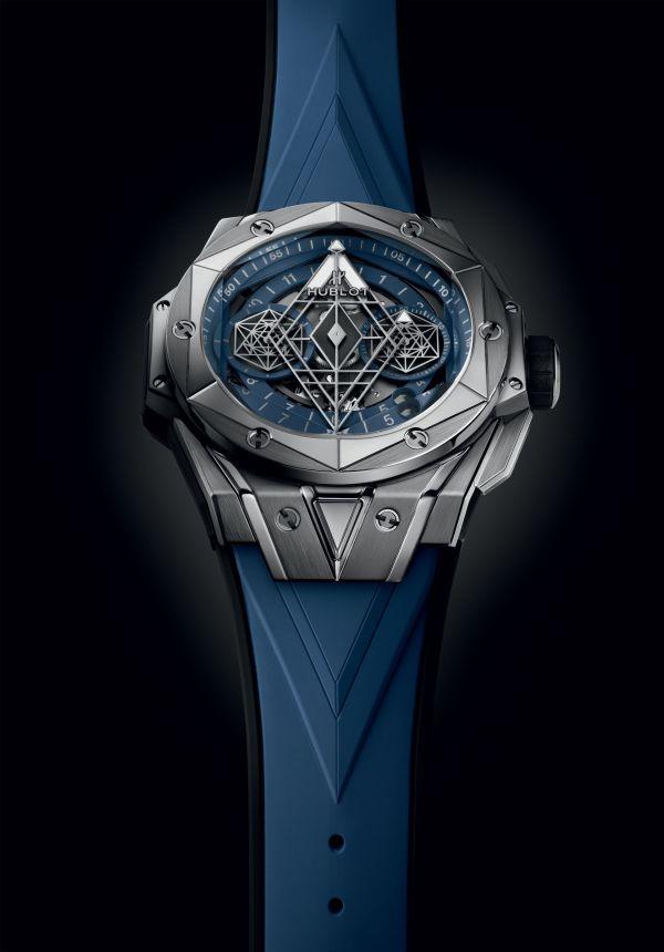 HUBLOT BIG BANG SANG BLEU II LIMITED EDITION titanium blue model
