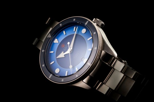 "DIRENZO DRZ_03 ""Eclipse"" Limited Edition watch blue dial"