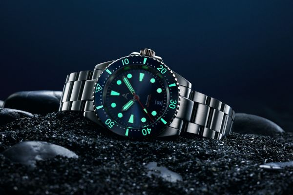 AXIOS WATCHES IRONCLAD diving watch