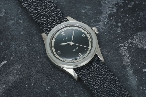 BALTIC HMS 001 automatic watch