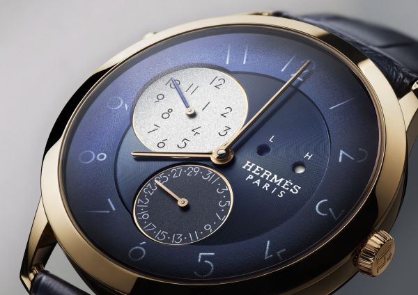 Hermès Slim d'Hermès GMT Automatic watch, rose gold case, blue dial, ultrathin Manufacture Hermès H1950 movement with GMT module exclusively developed by Agenhor