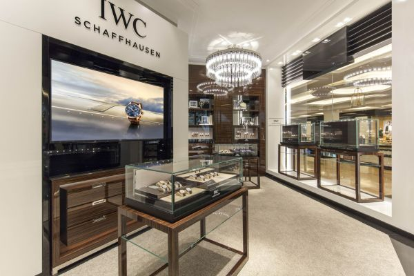 Inside view of the new IWC Boutique at The Mall of the Emirates, Dubai. (PPR/IWC)