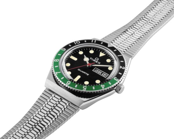 Q Timex with New Colours 2020 - Black dial with black-green bezel ring 2