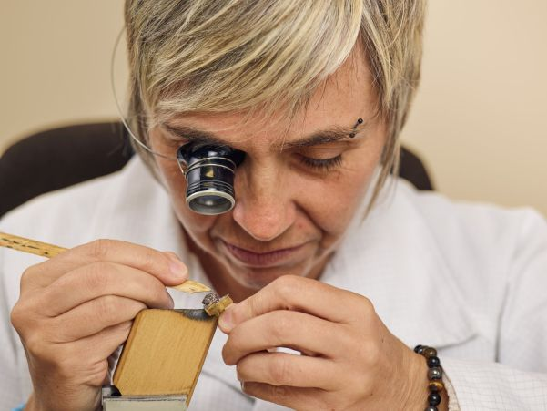 Sylvie Devaux, Head of Anglage at Manufacture Romain Gauthier