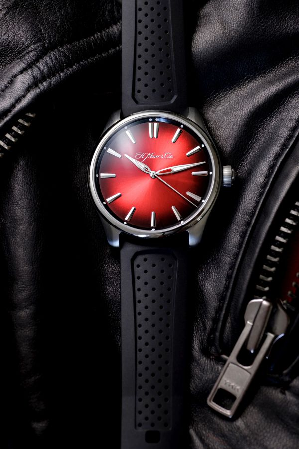 H. Moser & Cie. Pioneer Centre Seconds Swiss Mad Red, reference 3200-1207, steel model, Swiss Mad Red fumé dial, black rubber strap