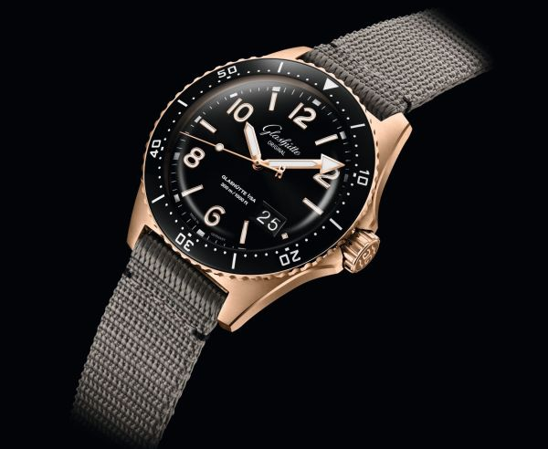 Glashütte Original SeaQ Panorama Date New Red Gold and Bi-color Versions