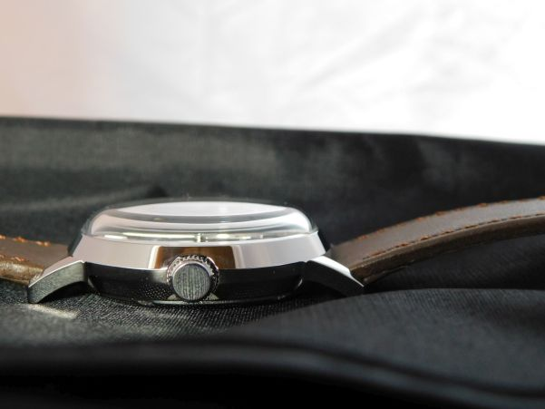 Timex MARLIN® Automatic Watch 40mm case thickness