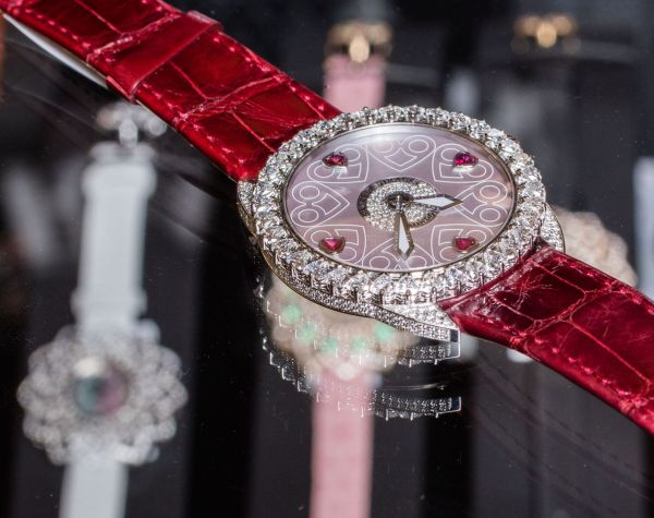 Backes & Strauss Queen of Hearts watch