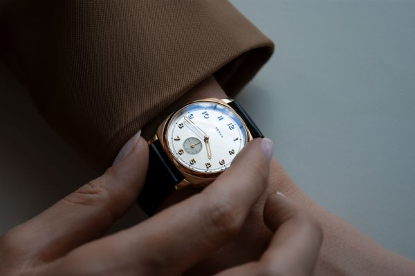 Fears Brunswick Midas - Brilliant Silver dial on a Chocolate Brown Bristol Leather strap - hands on