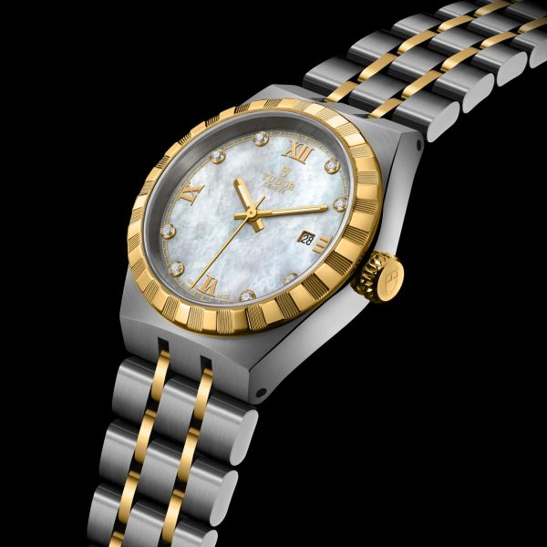 TUDOR ROYAL 28 mm, Ref. M28303-0007: Stainless steel case, yellow gold bezel, steel and yellow gold bracelet, White mother-of-pearl dial with diamond hour markers + Roman Numerals for 3, 6, 9 and 12