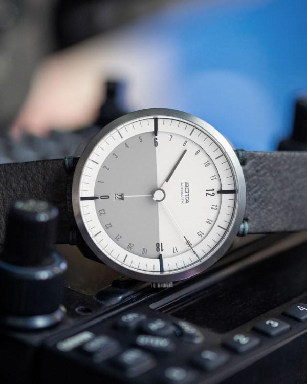 BOTTA TRES 24 Plus Titan Automatic watch