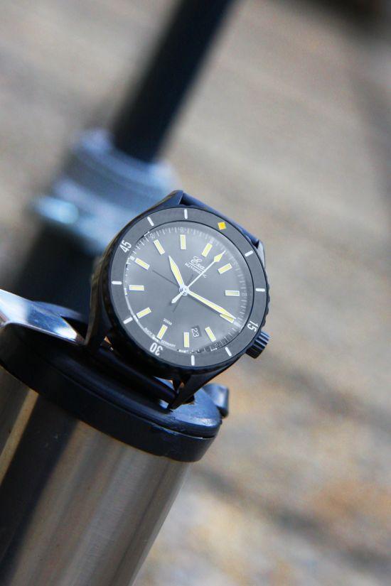 Eza Watches Sealander Black DLC