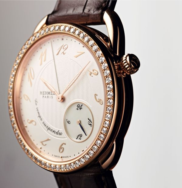 Hermès Arceau Le temps suspendu 38mm rose gold case diamond set version