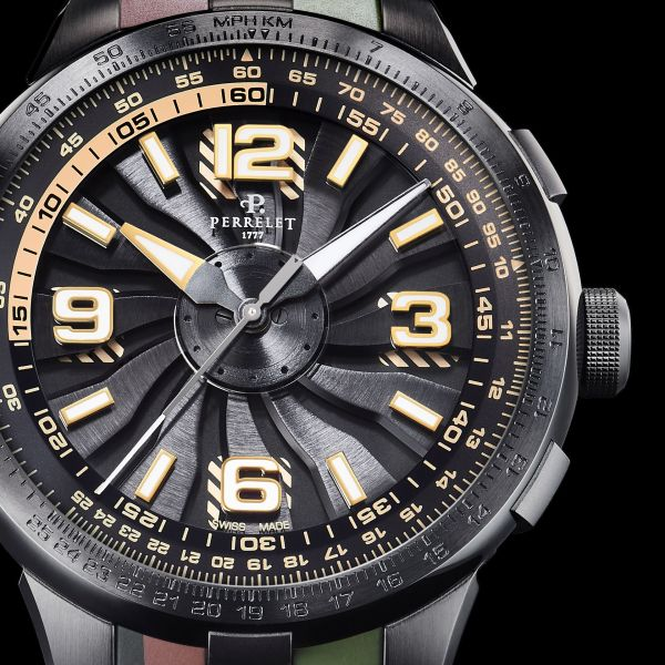 Perrelet Turbine Pilot New Version 2020 - Black under-dial with beige stripes