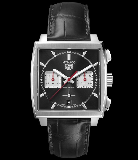 Tag Heuer Monaco Chronograph 39 mm Calibre Heuer 02 Automatic with black dial and leather strap