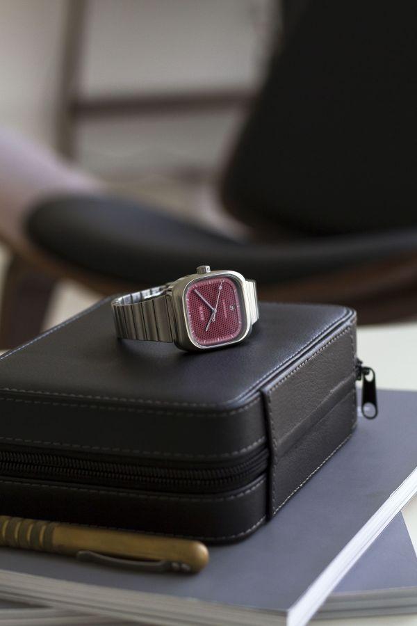 Brew Retromatic watch burgundy dial