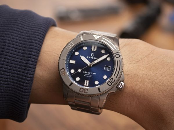 Dailos Waveform Midnight Blue automatic diving watch